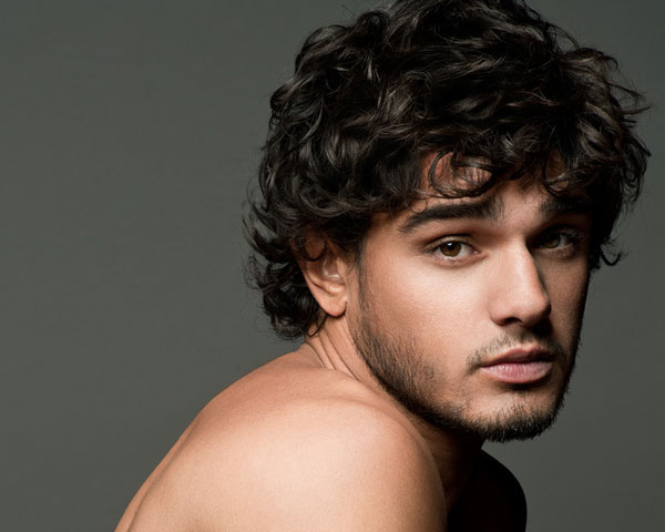 medium-curly-haircuts-for-men