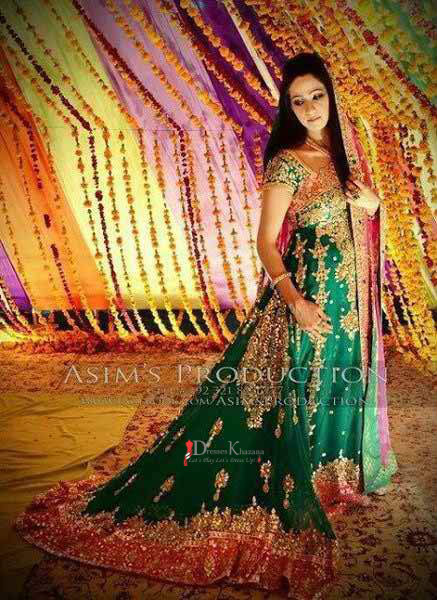 Latest Bridal Mehndi Dresses In Pakistan Season 2016
