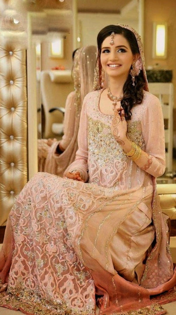 Trending pakistani nikah dresses 2017 for bridal for Pakistani dresses for wedding parties