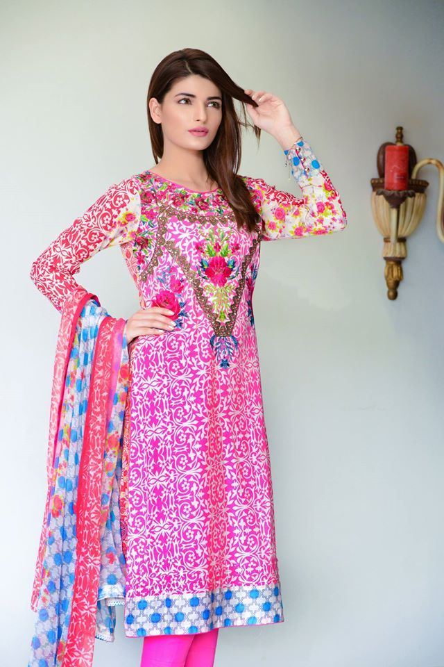 Latest Pakistani Dresses Designs 2018 For Girls Formal