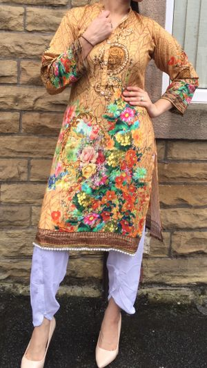 Kurti with Tulips