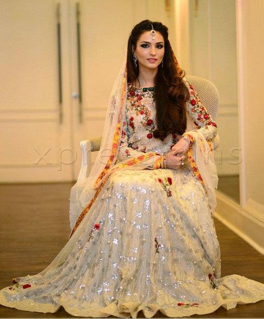 Pakistani Wedding Ideas: Trending Pakistani Nikah Dresses 2017 For Bridal