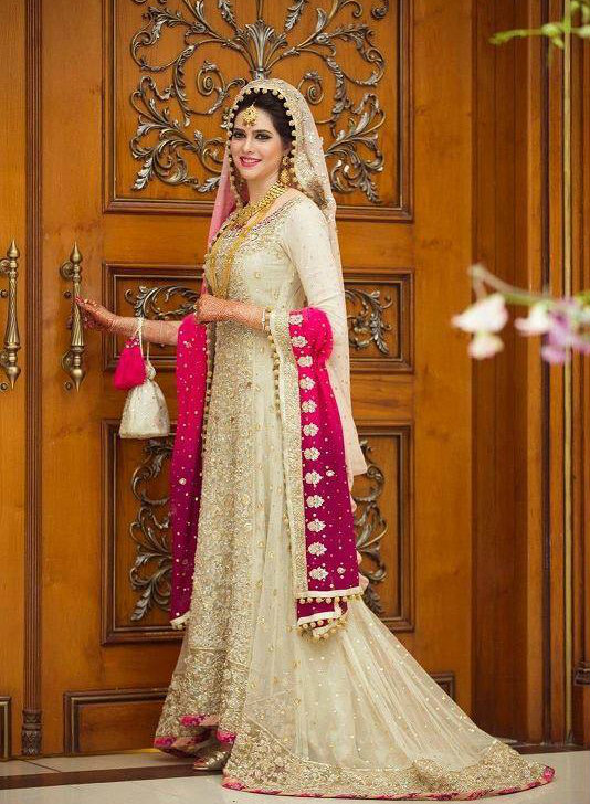Trending Pakistani Nikah Dresses 2017 For Bridal