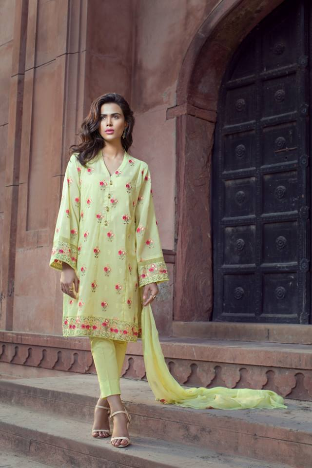 Bareeze Lawn Summer Collection 2017