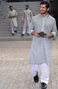 Colored Kurta Al Akram