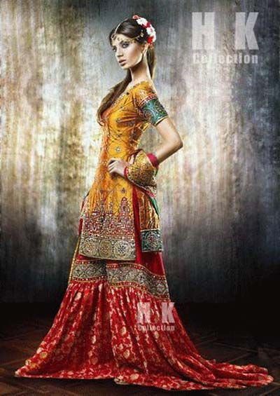 Mehndi Outfits 2017 : New mehndi dresses for bride by pakistani designers