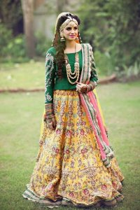 Stylish Mehndi Dresses