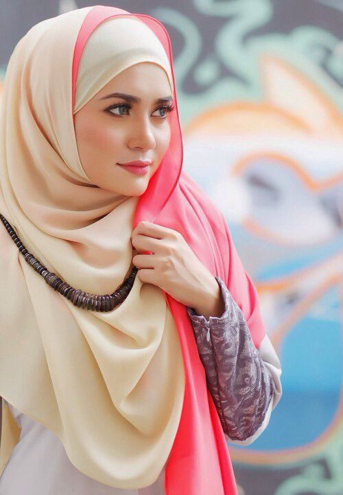 c088599b6f38 Beautiful Hijab Style for Girls