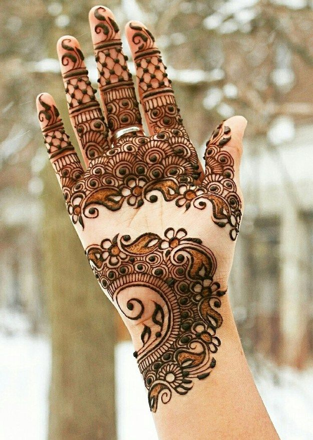 Dandiya Mehndi Design for girls