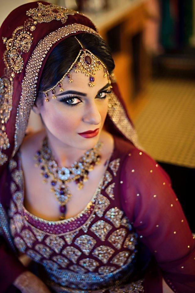 Jhoomer Style trendy Matha Patti