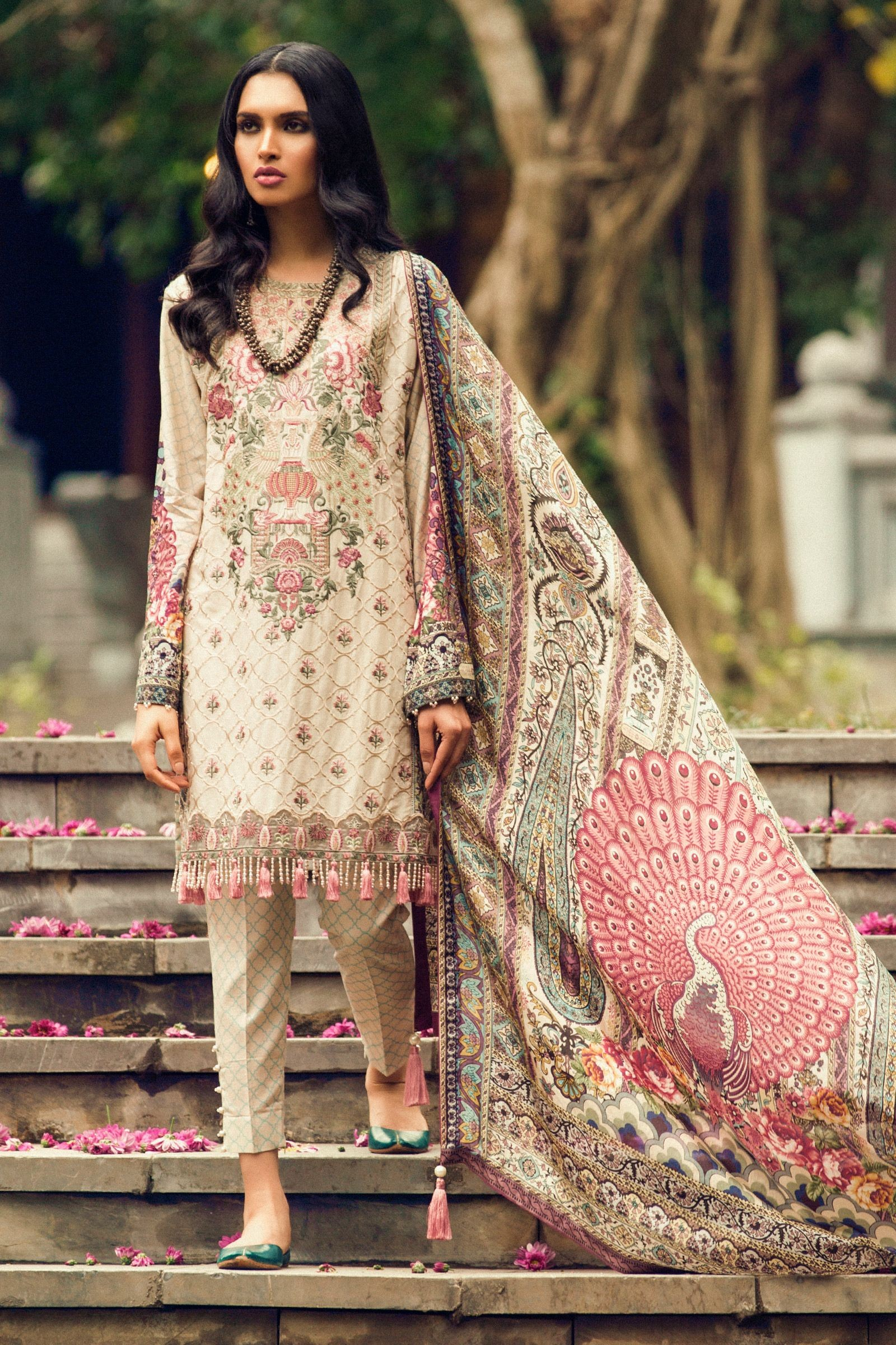 zara shahjahan lawn 2018 marvelous un stitched summer collection for girls. Black Bedroom Furniture Sets. Home Design Ideas