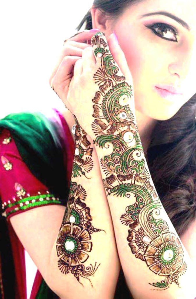 Pair of New Flowers mehndi designs