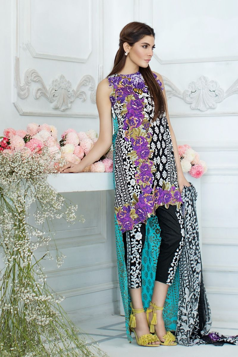 191e4ab5dd Sana Safinaz Lawn 2018 Spring Summer Printed Lawn Collection for Girls