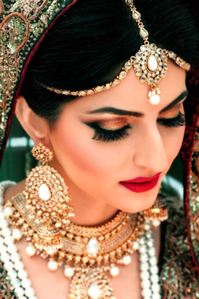 Latest Pakistani Bridal Makeup 2018 Perfect Look & Trend ...