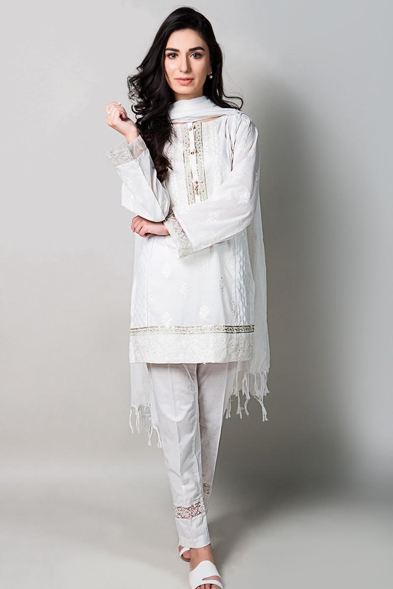 Latest pakistani fashion trends for winter 26