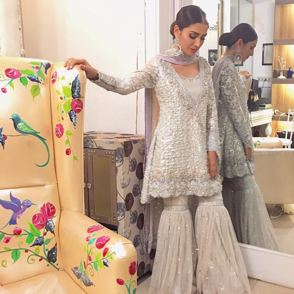Aiza Khan at Eid Show (2)