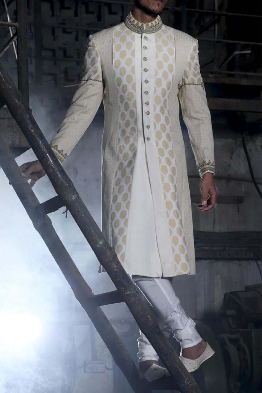 Latest Pakistani Sherwani Designs Wedding Dress For Groom 2018
