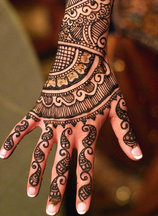 Eid mehndi designs 2017 sizzling latest henna designs for girls back hand bail textured mehndi designs 2017 thecheapjerseys Image collections