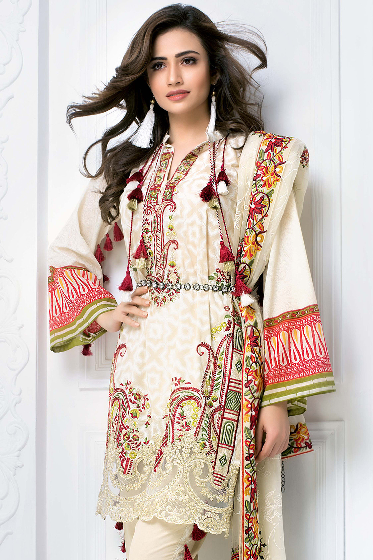 CREAM 3 PC PREMIUM EMBROIDERED CHIFFON