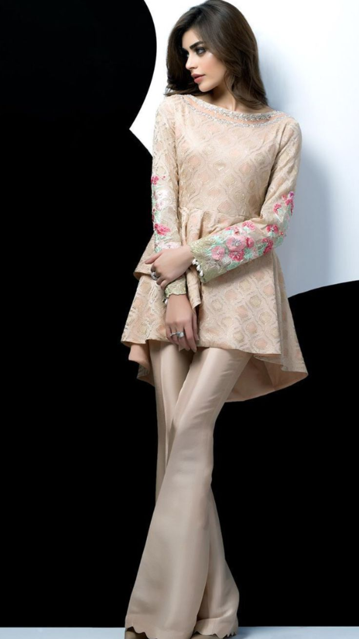 197ab50a0f9 Party Dresses for Girls in Pakistan 2018 With Outstanding Modish Looks