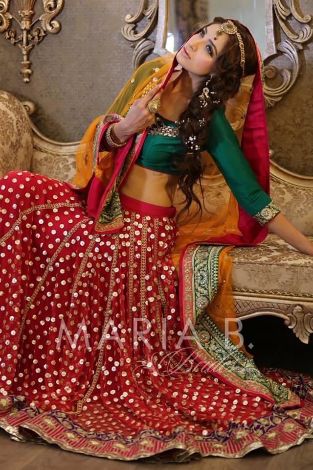 Mehndi Dresses By Maria B : Adorable pakistani mehndi dresses for brides wedding