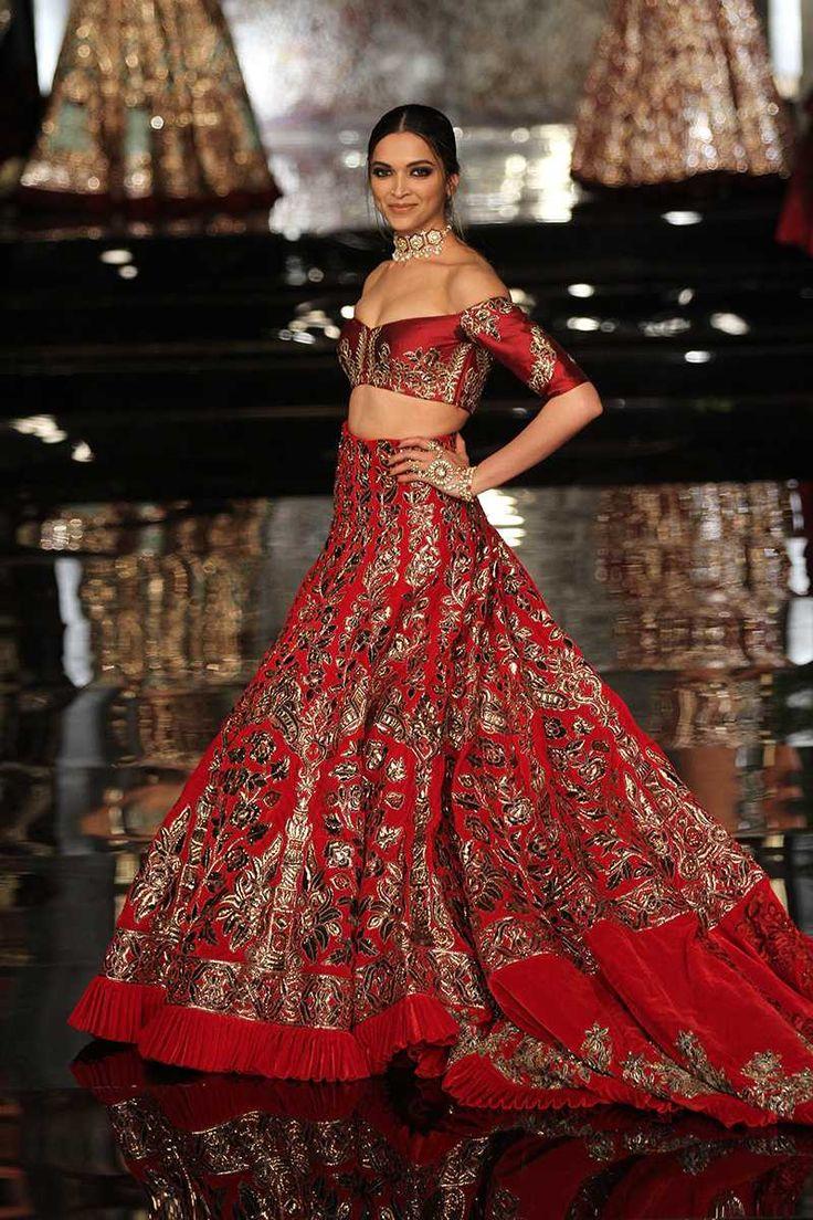 f73f5e92845 Manish Malhotra Lehengas 2018 Bridal Collection Designs for Bride
