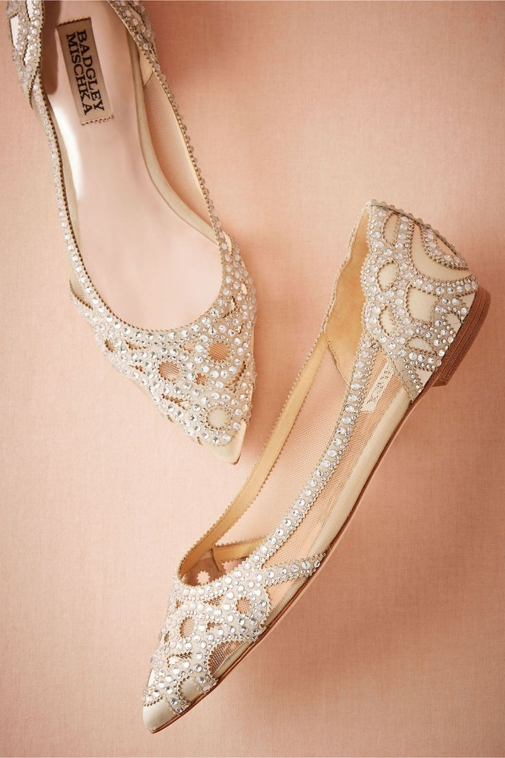 53a64302b3ed22 Amazing High Heels Shoes for Brides add charm and glamor to the personality  of the brides for their big day.