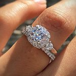 Classical Engagement Rings for women 2017