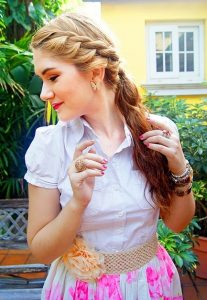 Cute Ponytail Hairstyle for girls 2017