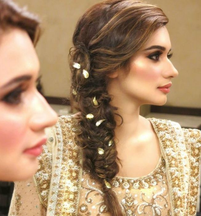 Wedding Hairstyle Pakistani: Trendy Pakistani Bridal Hairstyles 2018