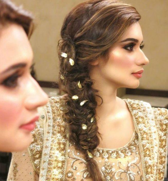Trendy Pakistani Bridal Hairstyles 2017
