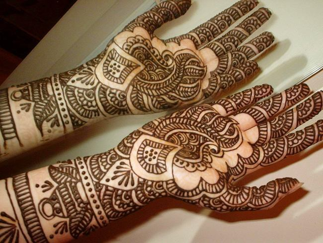 Paisley Mehndi Designs 2017 for girls