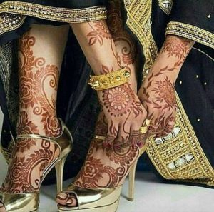 hand and feet designs of mehndi for girls 2017