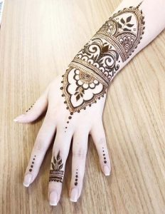 mehndi designs 2017 for girls hand