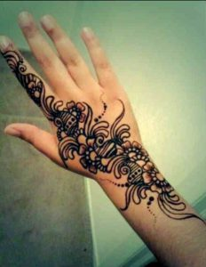 stylish mehndi designs 2017