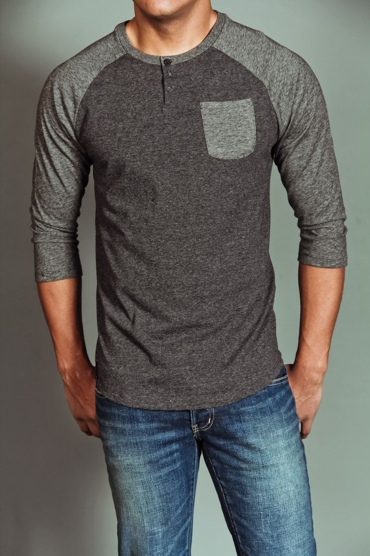 From T-shirts and polos to button downs and jackets, get ready to top things off with the awesome selection of Men's Tops at American Eagle Outfitters.