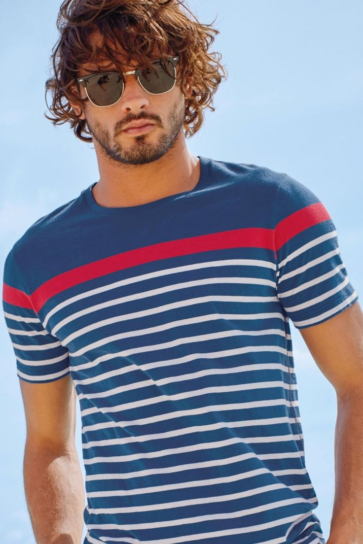 Latest Men\'s Casual T-Shirts 2018 Fashion to Wear with Jeans