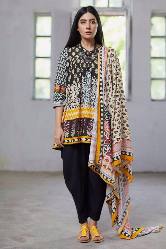 Khaadi Black Suit for Winter Dresses 2017