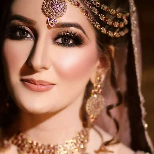 bridal makeup contouring